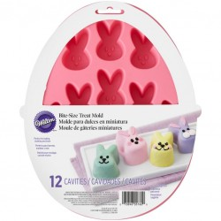 Wilton EA 2105-5760 Bunny Shaped Treat Mold 12 Cavity